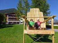 riesen Stuhl Wohlfühlpension Alpenhof Obsteig - Sonnenplateau Mieming